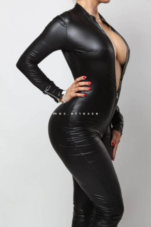 Nissrin escorte girl ladyxena à Saint-Laurent-de-Mure