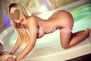 Annouck massage escort