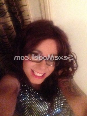 Lysiane massage sexe escorte girl à Saint-Mitre-les-Remparts