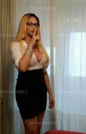 Megui escorte massage lovesita à Fuveau