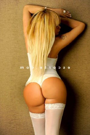 Marie-josee massage tantrique