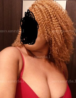 May-linh escort girl lovesita à Moissac